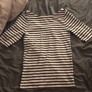 Striped 3/4 sleeve Gap Shirt (black and white)